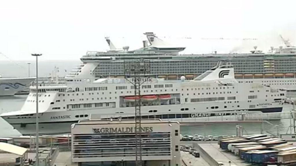 Más de 31.000 cruceristas llegan a Barcelona