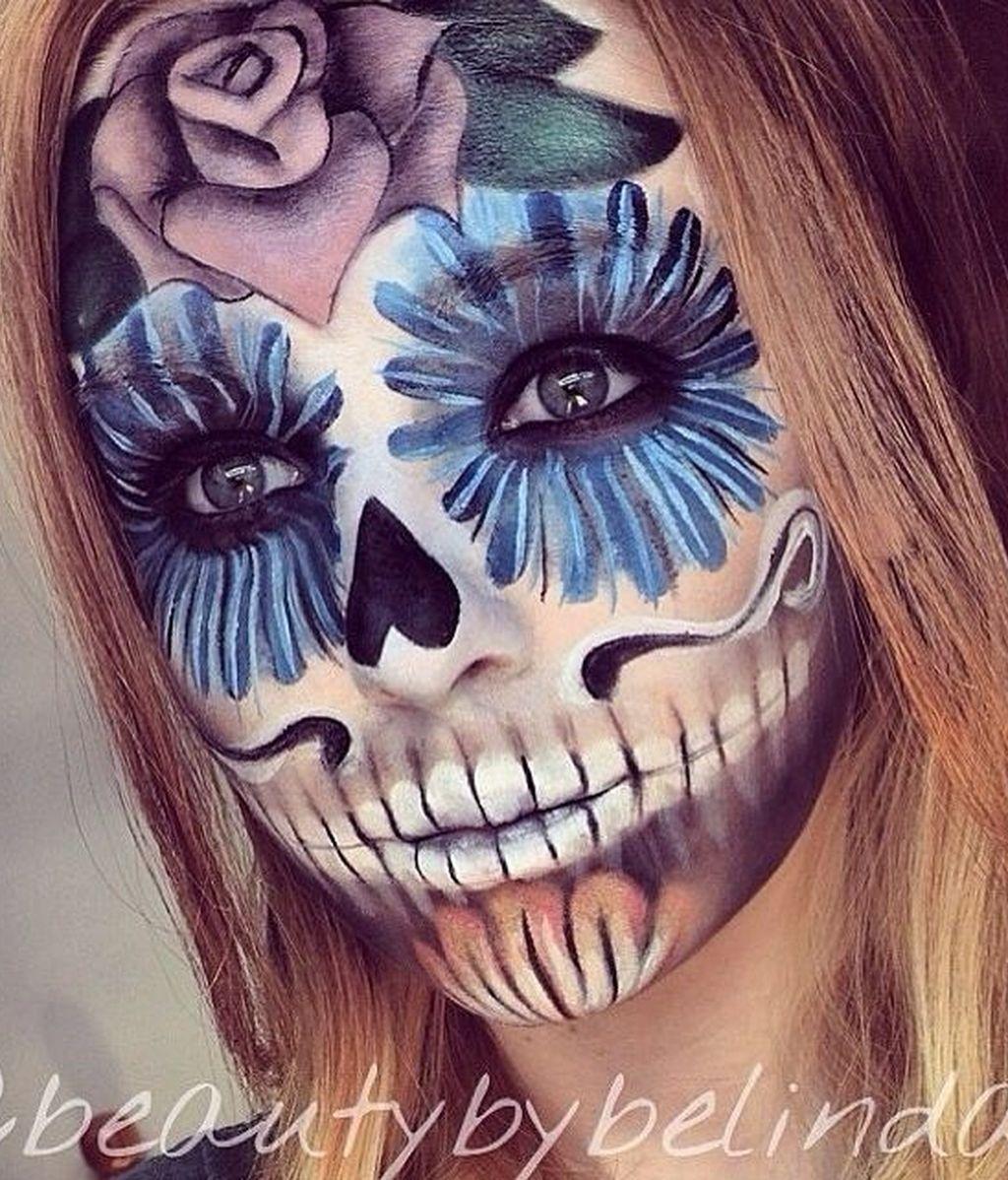 Belinda Maines se convierte en un esqueleto