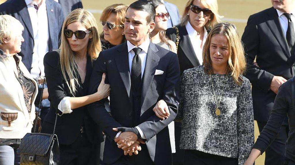 La familia Manzanares muy unida ante la pérdida de su padre