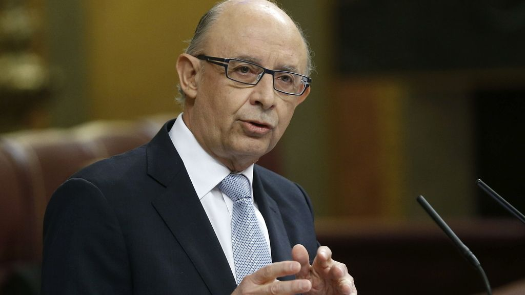 Cristóbal Montoro, ministro de Hacienda presenta los PGE 2016
