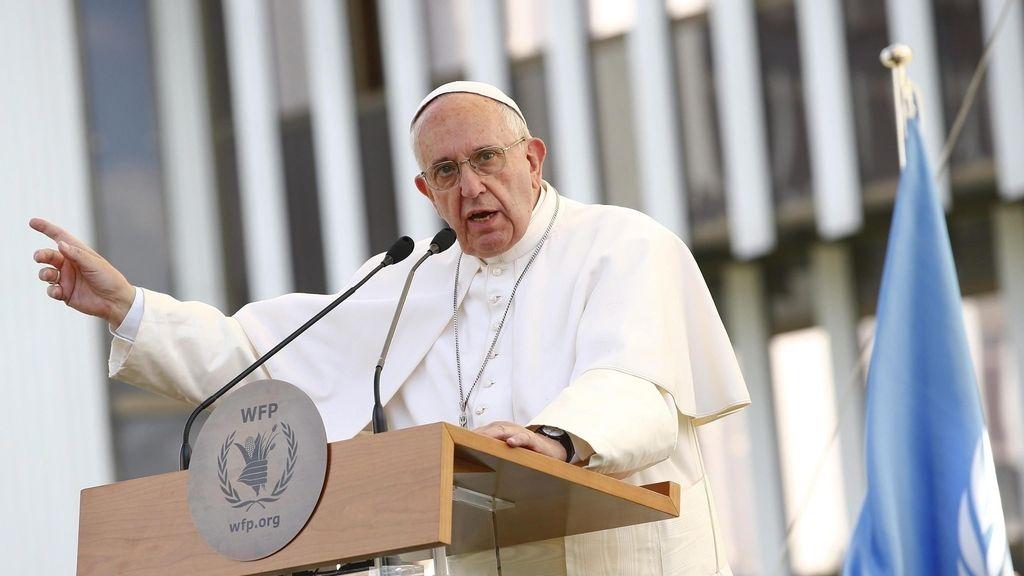 El Papa frente a la sede del Programa Mundial de Alimentos