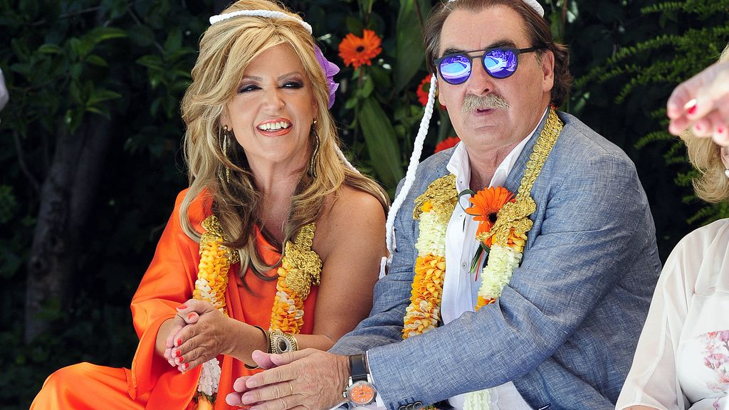 Lydia Lozano y Charly, felices en su exótica boda