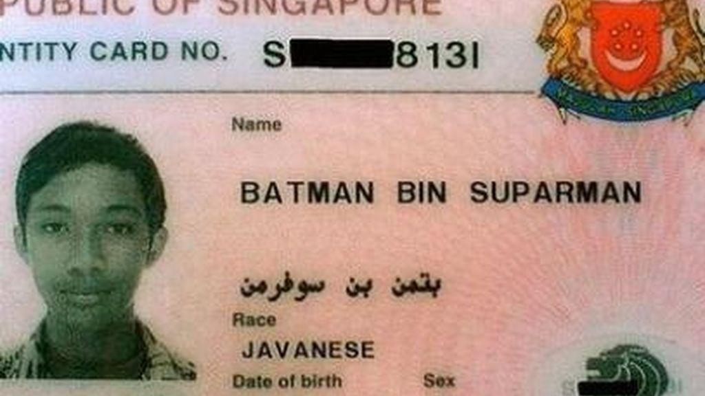 Batman,hijo de Superman,hombre,Singapur,preso