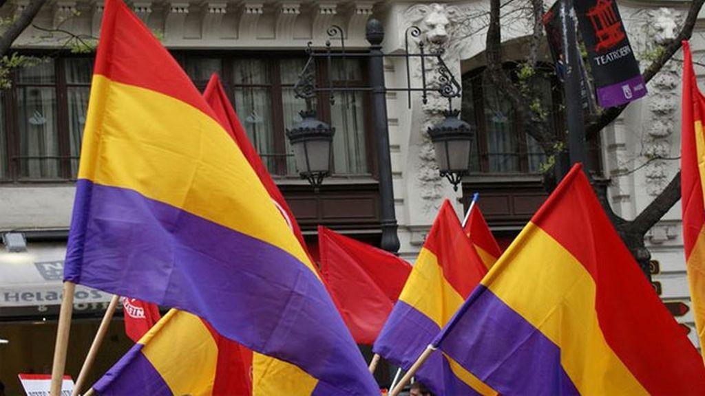 """IU pide un """"nuevo proceso constituyente"""" hacia la república"""