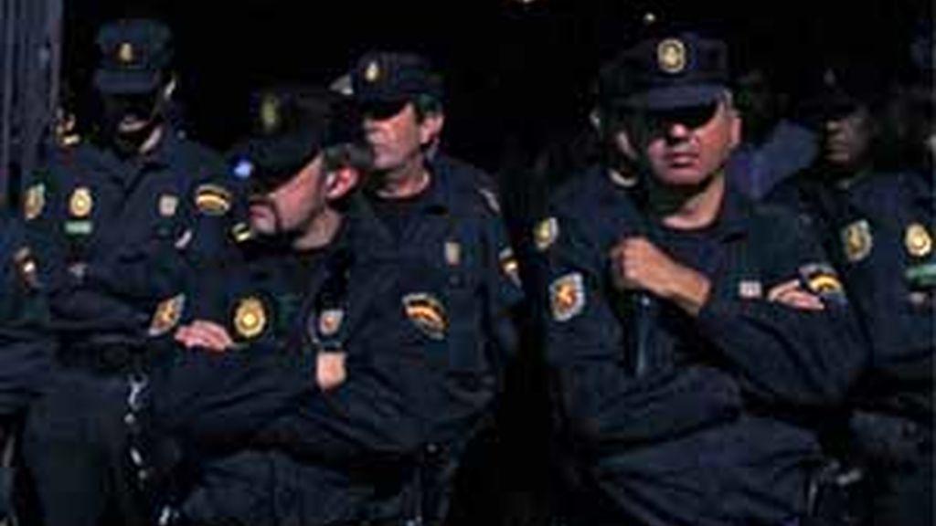 27 detenidos por piratería de TV digital