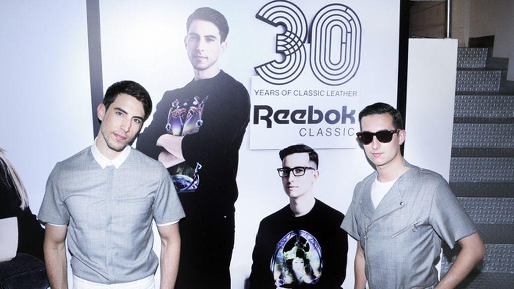 Junto a nuestra foto como ganadores del premio de Reebok Classics