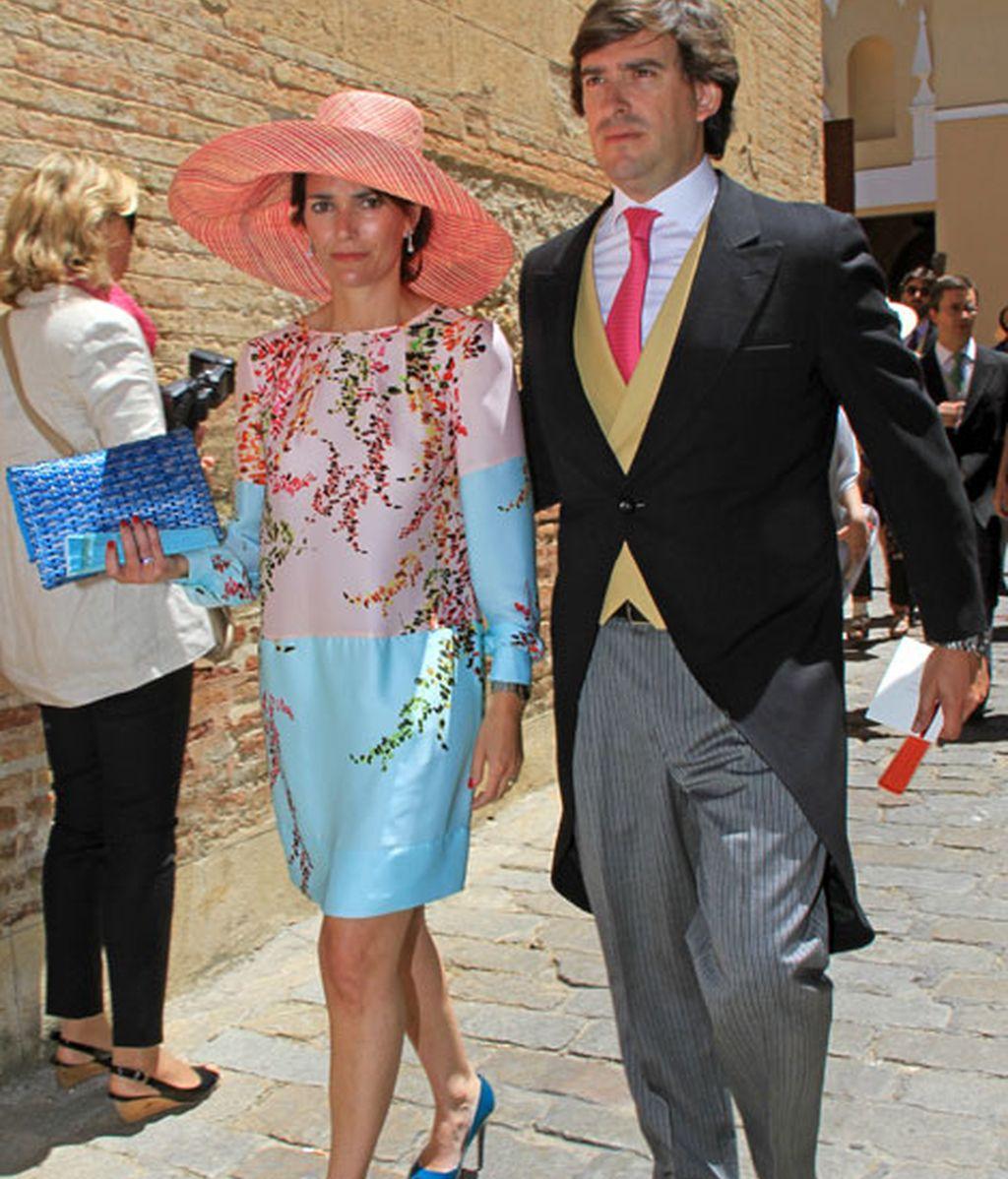 Hubo mucho color en los trajes de los invitados
