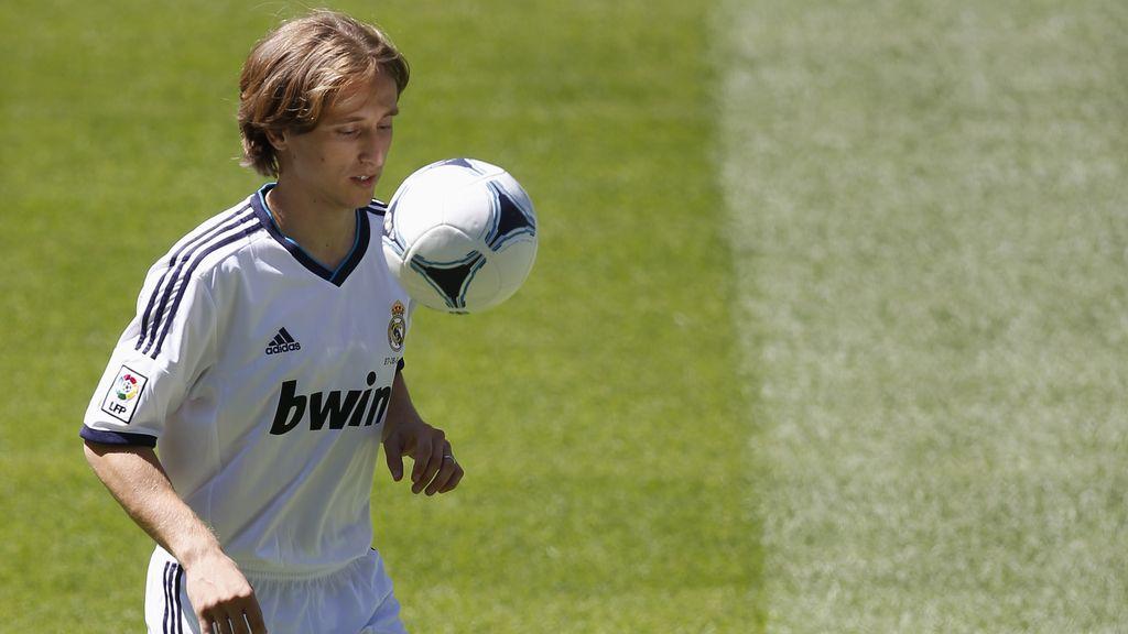 El Real Madrid presenta al croata Luka Modric
