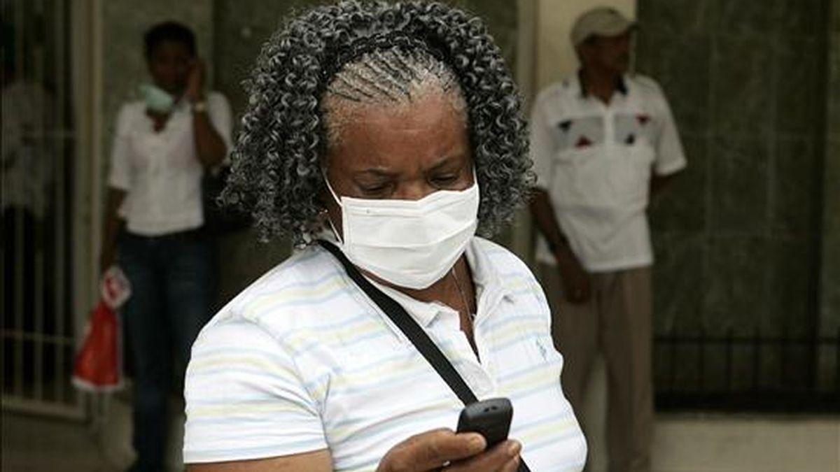 Una joven de 17 años murió en Santo Domingo como consecuencia de la gripe A, enfermedad de la que este viernes se declararon once nuevos casos. EFE/Archivo