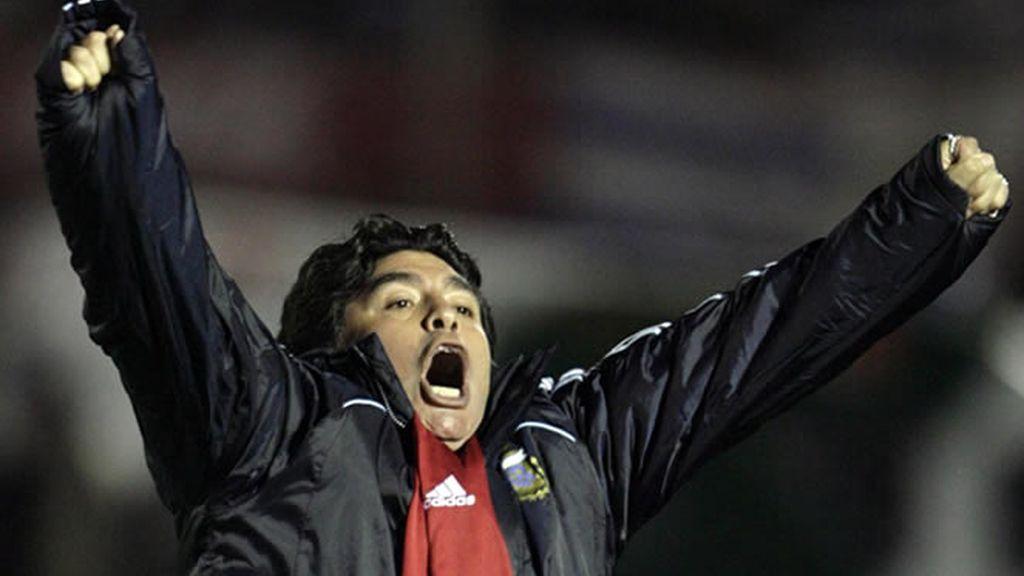 Maradona no respondió a los Medios