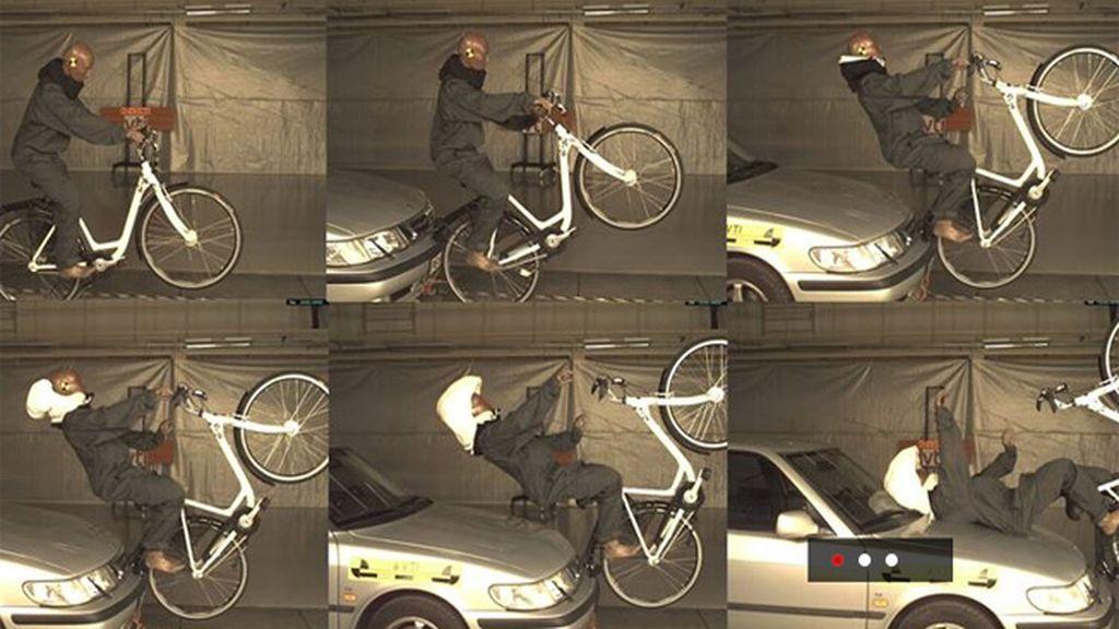 Dos jóvenes suecas inventan un casco invisible y con airbag para ciclistas