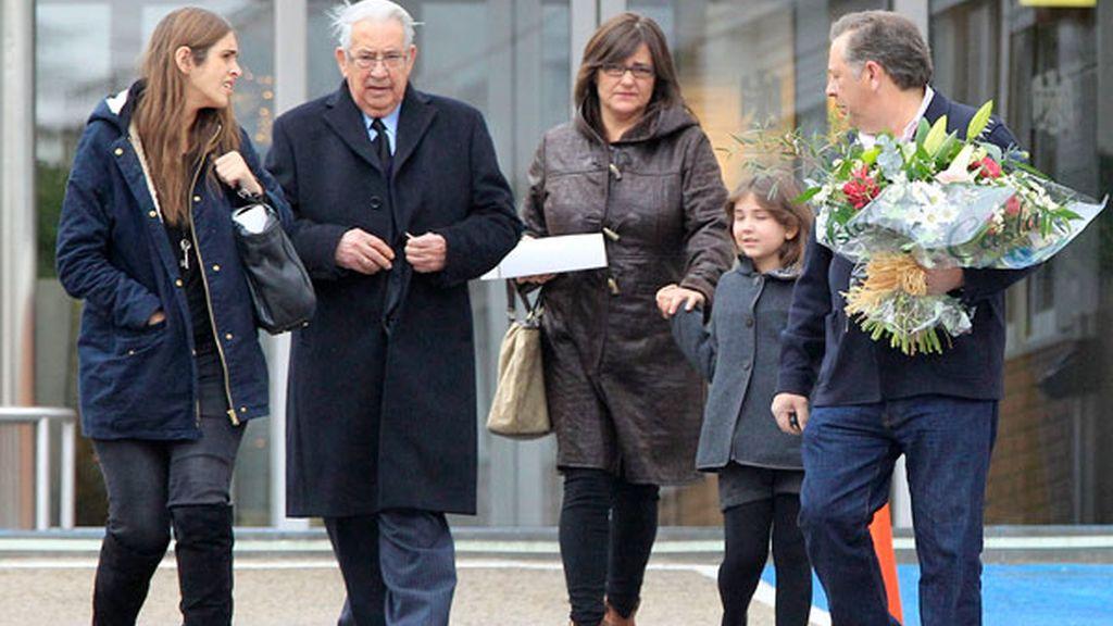 La familia de Sara Carbonero la ha visitado en la clínica