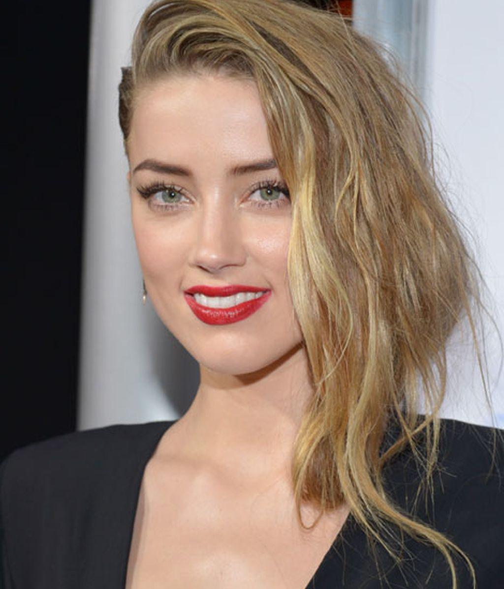 Campanas de boda para Johnny Depp y su novia, la actriz, Amber Heard