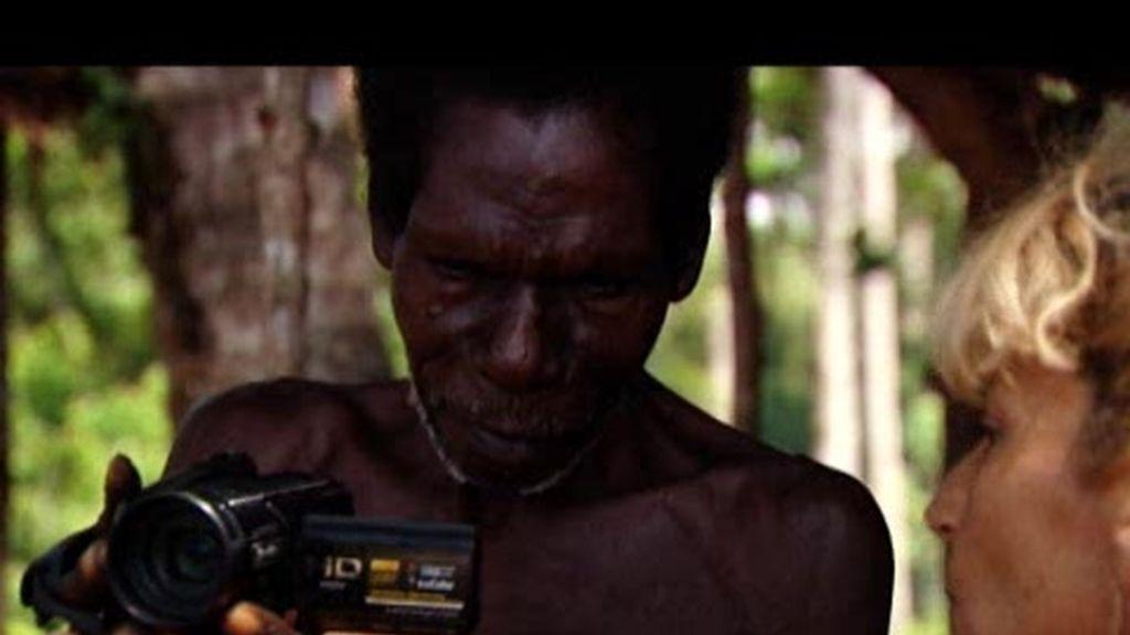 Promo Perdidos en la tribu: La televisión llega al poblado de los Segura Romero