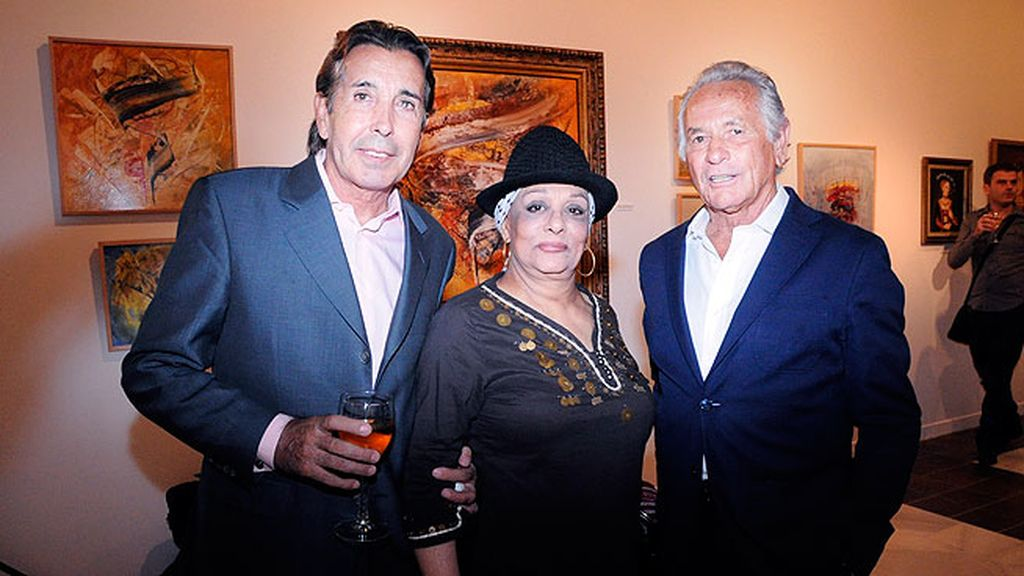 Paco Prado, La Chunga y Palomo Linares. Los dos últimos compartían con Carla su pasión por la pintura.