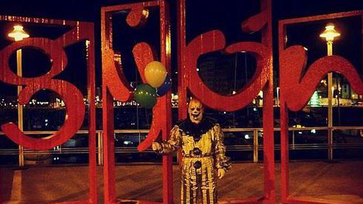 El 'payaso maléfico' de Gijón ha sido identificado por la policía