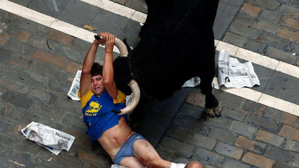 El toro se ceba con un mozo de Castellón