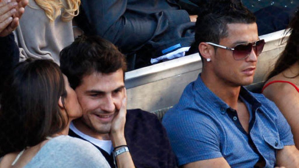Sara Carbonero, besando a Casillas