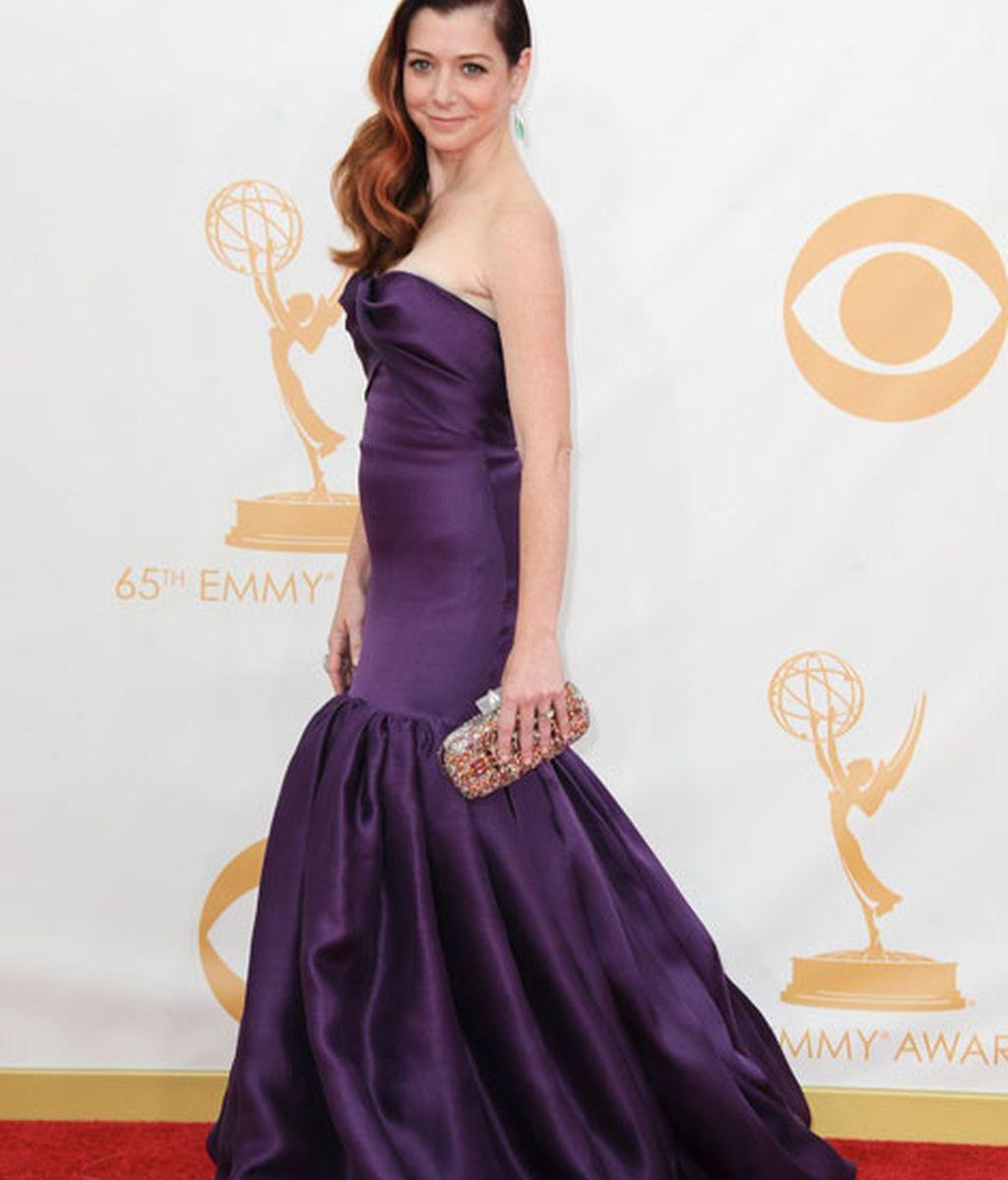 Alyson Hannigan, con un favorecedor vestido morado