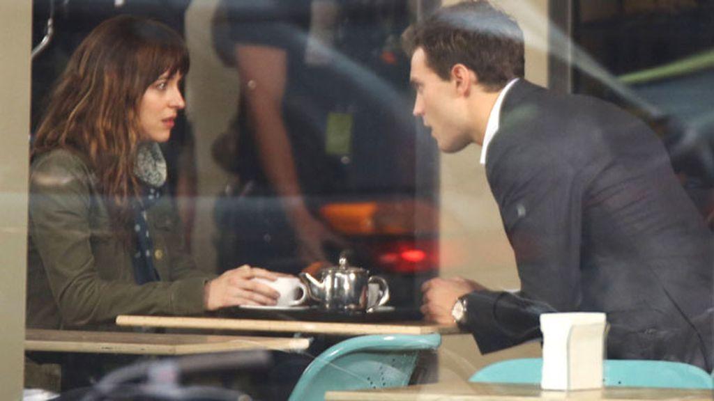Las primeras imágenes de Anastasia Steele y Christian Grey