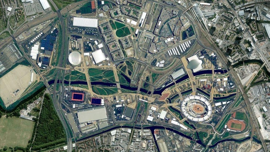 La nueva versión de Google Earth y Google Maps es la vista en 45 grados de 21 ciudades estadounidenses y 7 localizaciones internacionales,entre las que destacan Munich en Austria; Alicante, Denia, Gandia, Lugo, Santander.