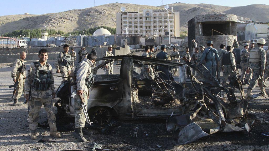 Coche bomba con el que los talibán han atacado el consulado de EEUU en Herat