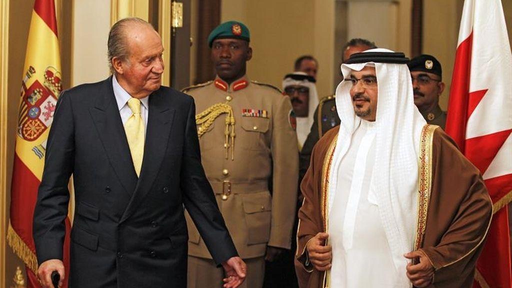 El rey Don Juan Carlos se reúne con el monarca de Bahrein