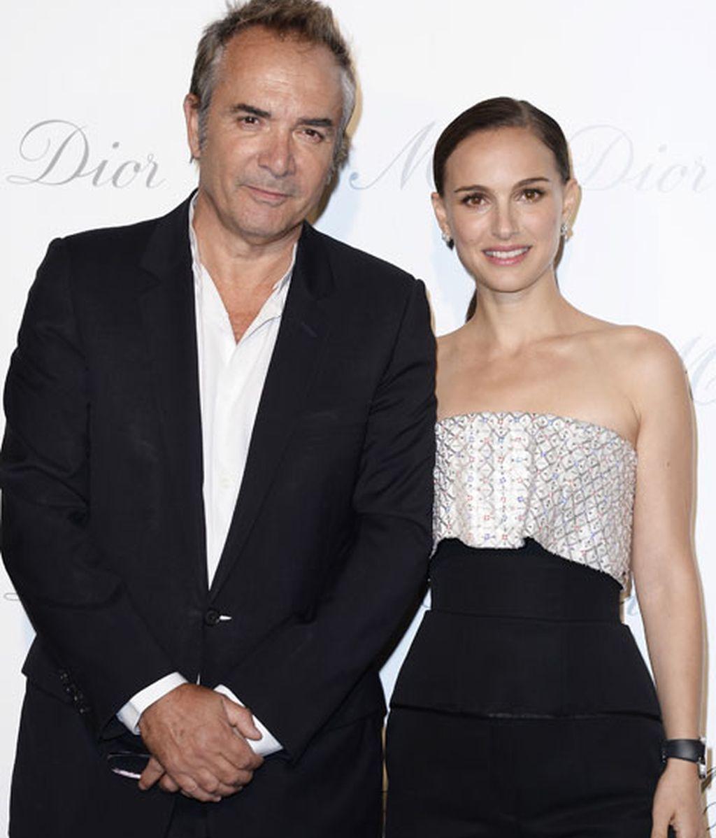 Natalie Portman junto a Claude Martinez