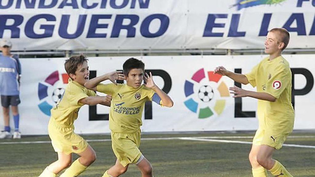 El Villarreal celebra un tanto