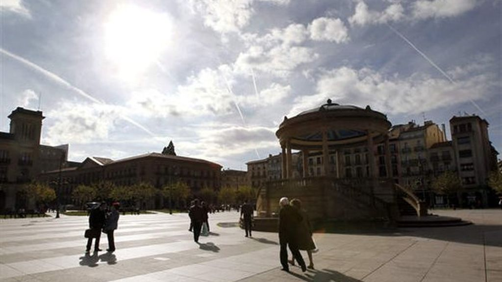 La Plaza del Castillo de Pamplona soleada