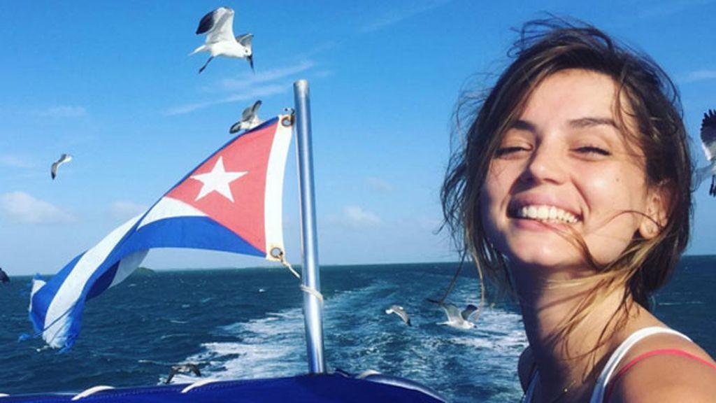 Ana de Armas, paseos en barco y familia en su Cuba natal