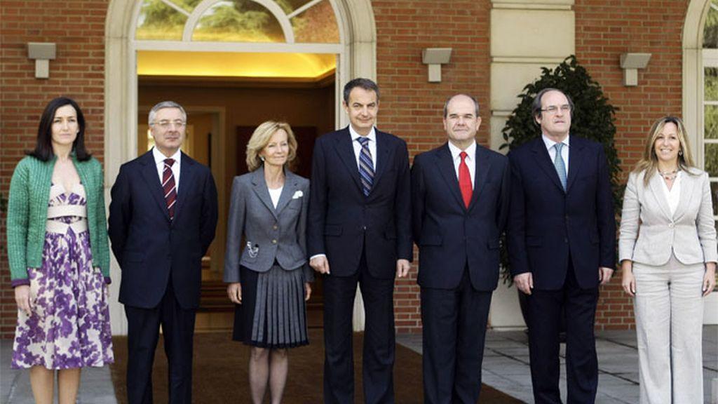 Nuevo gobierno de Zapatero