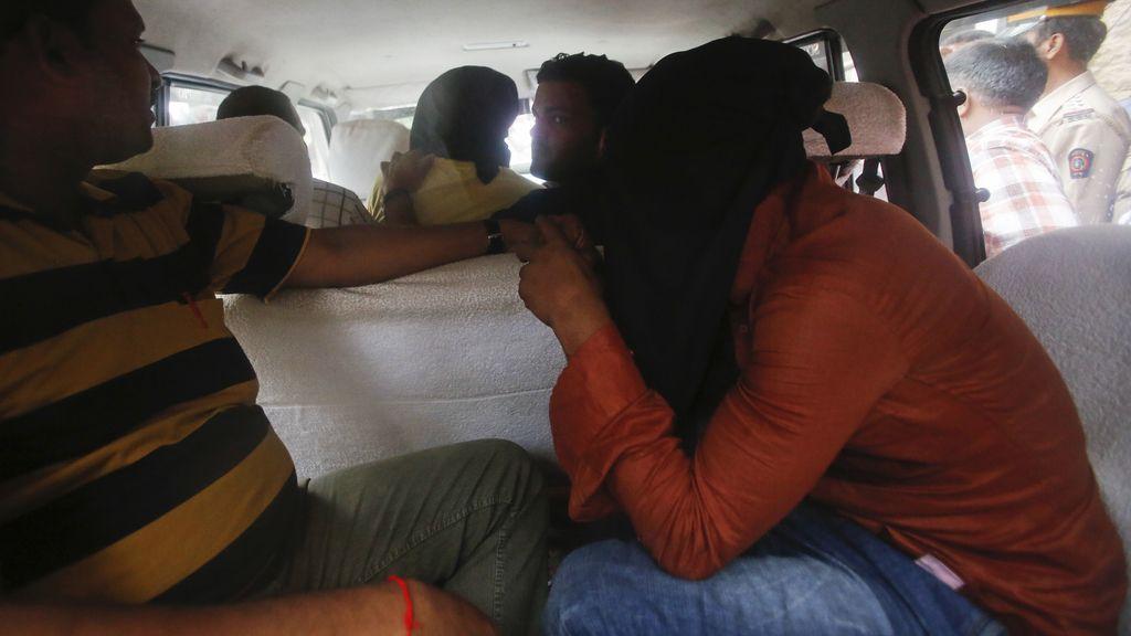 Arrestados cinco sospechosos por la violación de una fotoperiodista en Bombay