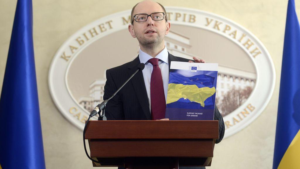 Arseni Yatseniuk, primer ministro Ucrania