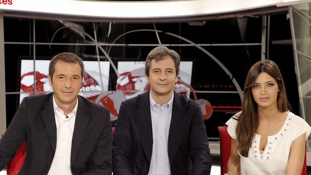 Los Manolos y Sara Carbonero