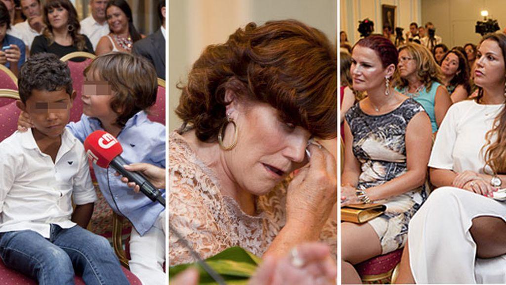 La familia de Ronaldo, unida en la presentación del libro en Lisboa
