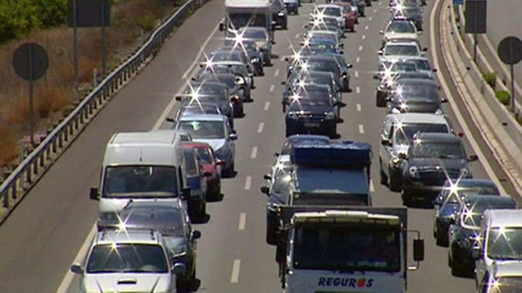 Diez personas fallecen en las carreteras durante el Puente del Primero de Mayo