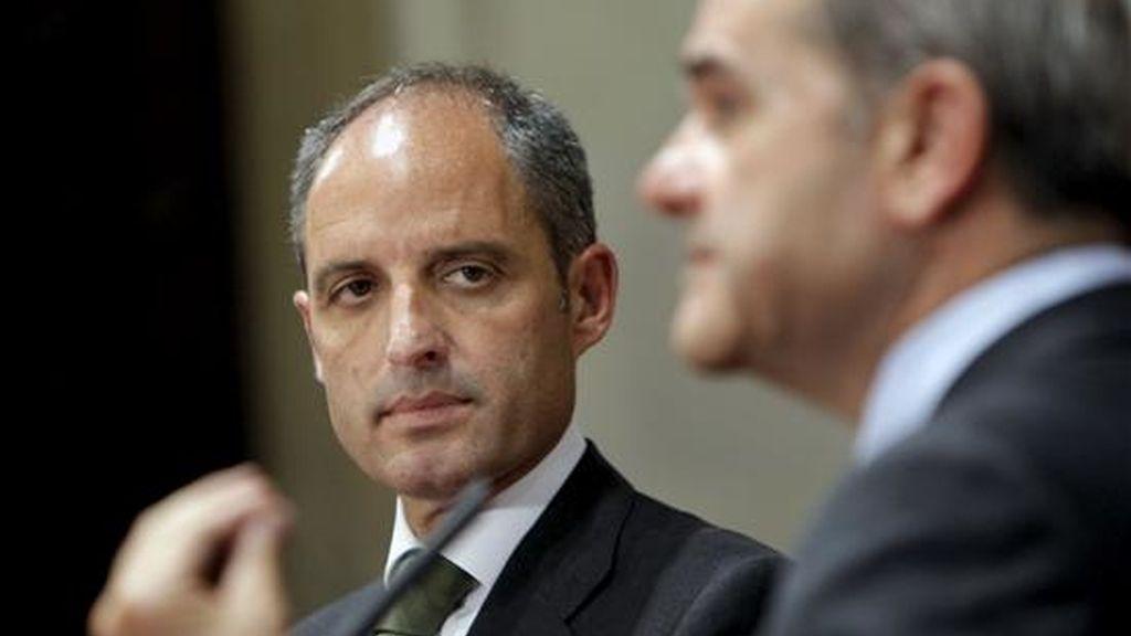 """El presidente de la Generalitat Valenciana, Francisco Camps, se muestra seguro de poder """"acallar"""" las """"mentiras"""" sobre su vinculación en el 'caso Gürtel. Vídeo: Atlas."""