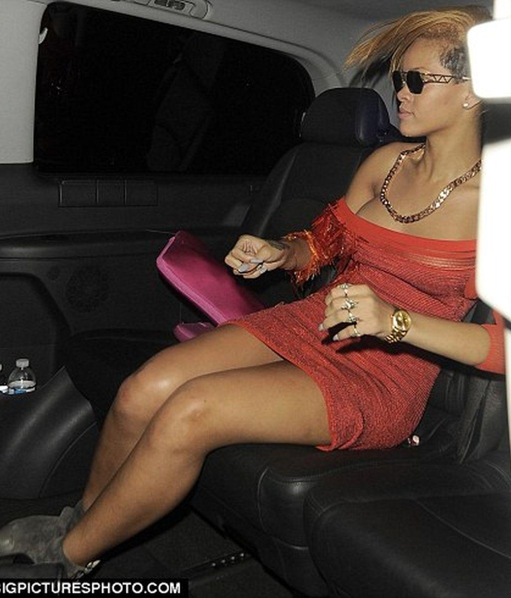 Hasta Rihanna tiene celulitis
