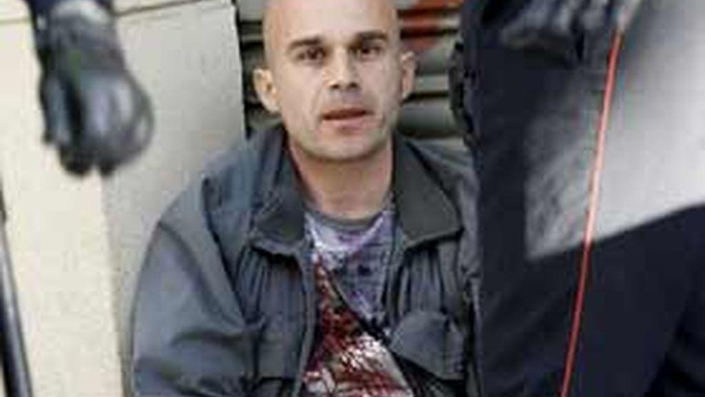 El hombre ha sido detenido con las manos aún ensangrentadas. Video: Informativos Telecinco