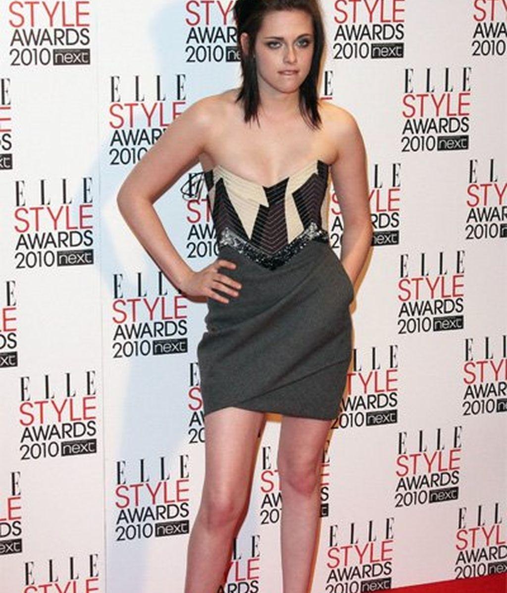 Dilema: ¿Kristen Stewart fashion o emo?