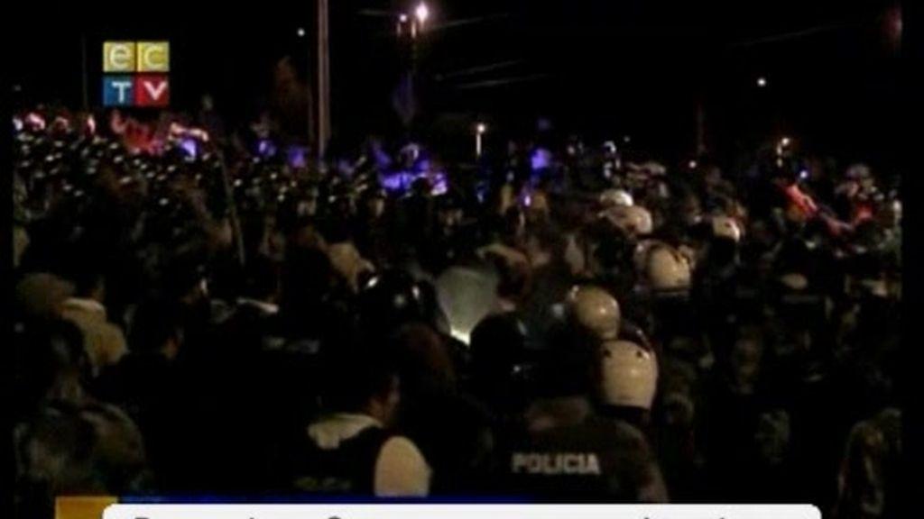 """""""Maten a Correa para que se acabe ya esta protesta"""""""