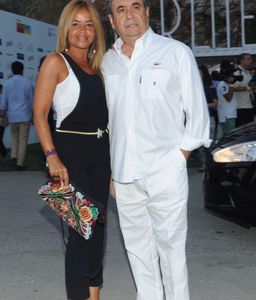 El empresario Pedro Trapote, acompañado por Begoña García