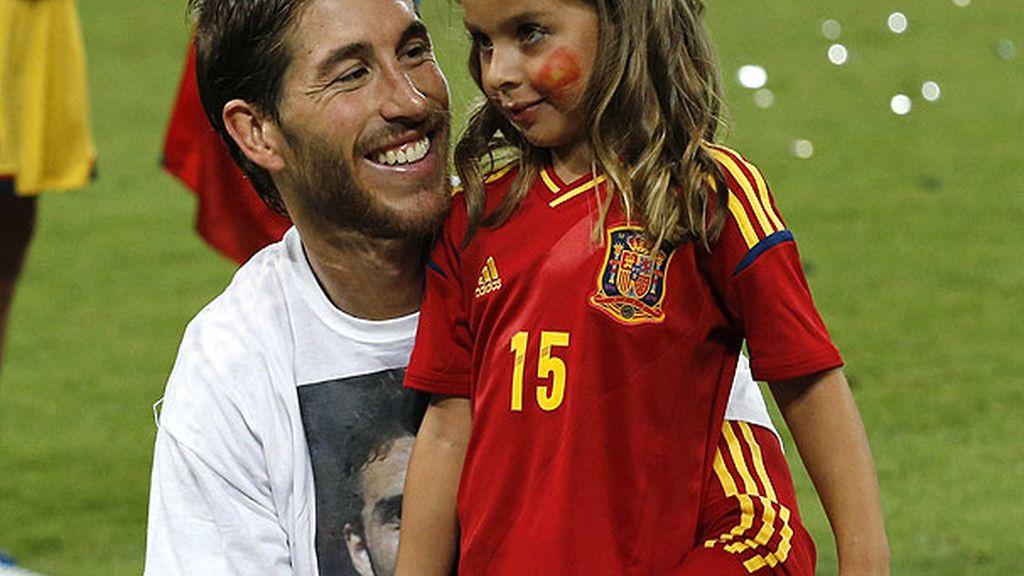 Sergio Ramos celebró el título con su sobrina Daniela