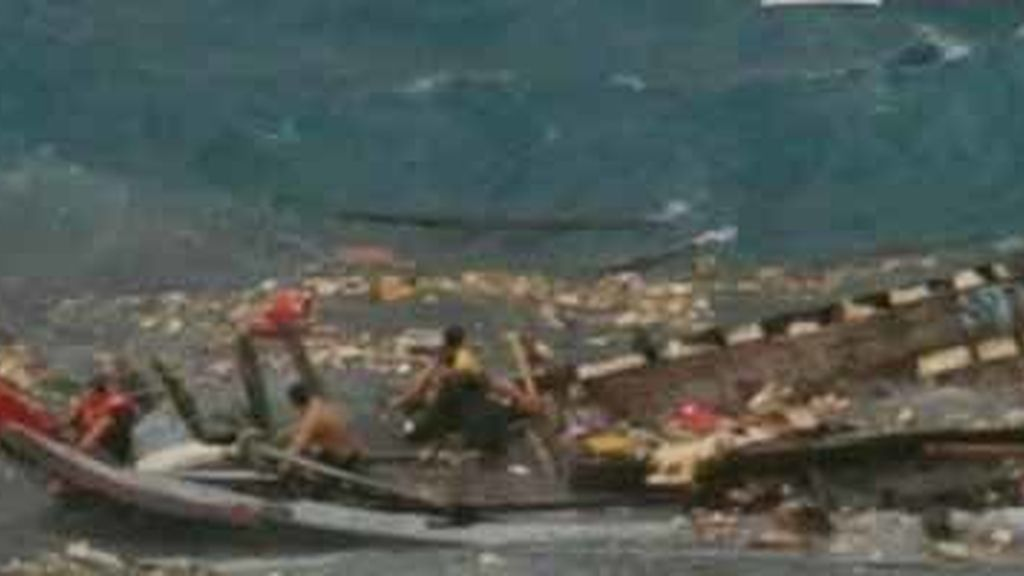 Al menos 27 muertos al naufragar una embarcación de inmigrantes en Australia