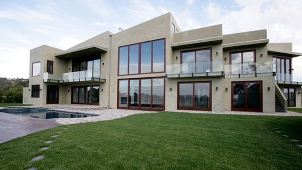 La casa que Rihanna se quiere quitar de encima