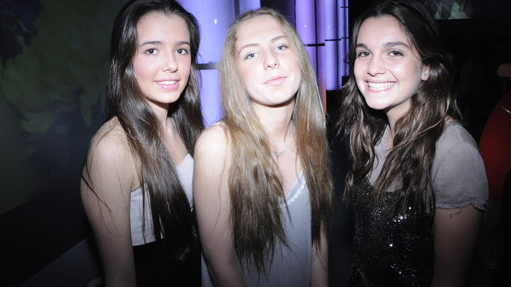 Laura Ponte, María Valverde y Clara Lago se van de concierto