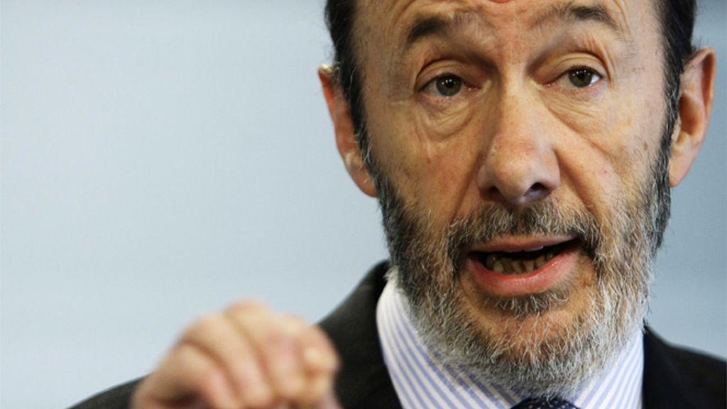 """Rubalcaba estrena su cargo llamando al PP partido """"antisocial"""""""