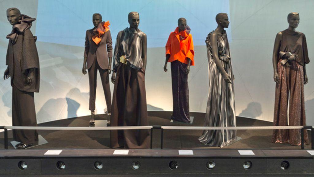 El Museo del Traje presenta la exposición de arte y moda del diseñador Ulises Mérida