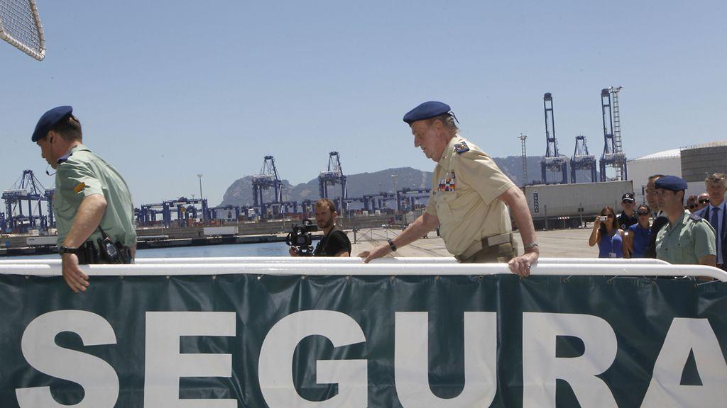 El rey don Juan Carlos visita Algeciras